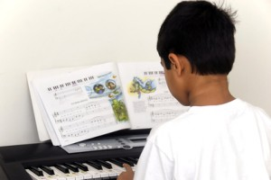 Keyboard Lessons Telford